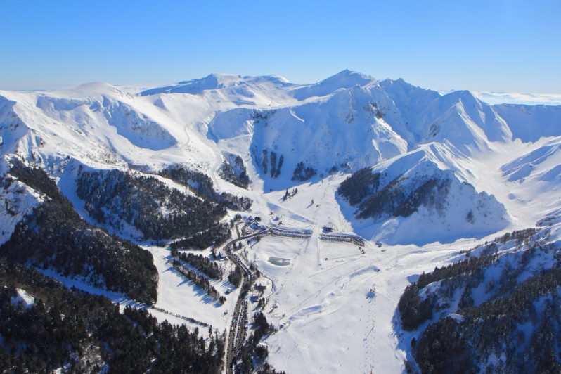 Le mont dore france montagnes official website of the french ski resorts - Peyragudes office du tourisme ...