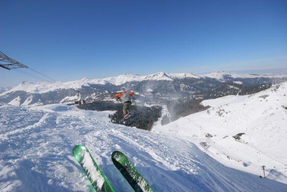 Le lioran france montagnes official website of the french ski resorts - Office de tourisme lioran ...