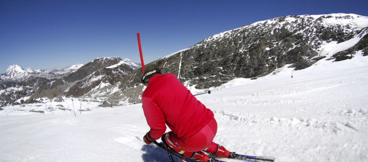 Summer skiing: where can you ski (nearly) all year round?